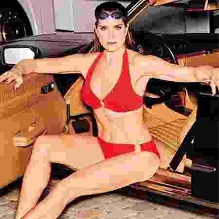 Brooke Shields é a estrela de campanha de roupa de praia - Divulgação