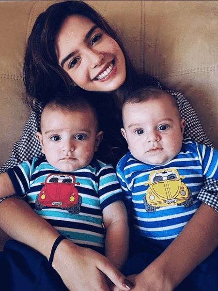 Giovana Lancellotti com os irmãos gêmeos - Reprodução/Instagram