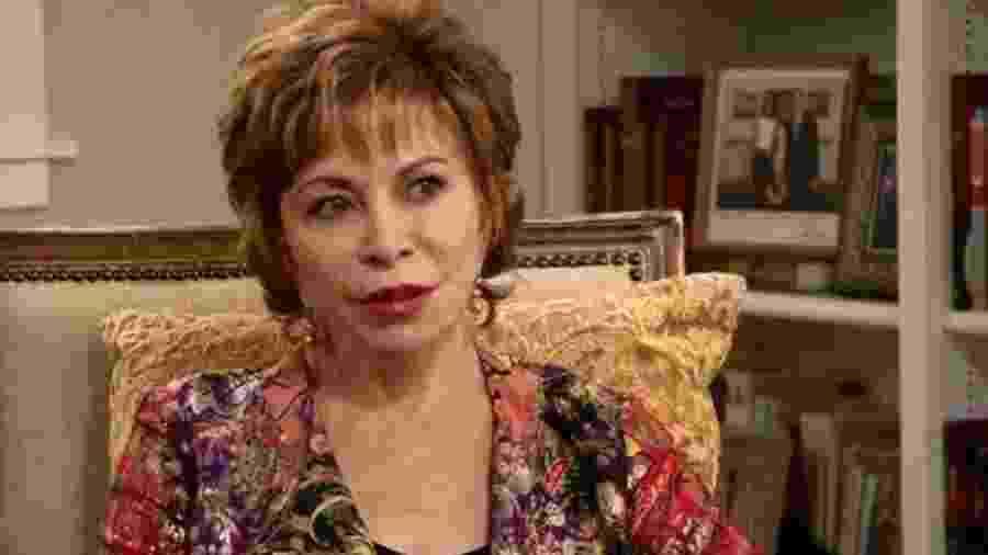 Nascida no Chile, Isabel Allende vive há décadas nos Estados Unidos - BBC