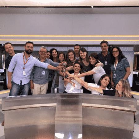 """Sandra Annenberg e equipe do """"Jornal Hoje"""" - Reprodução/Instagram"""