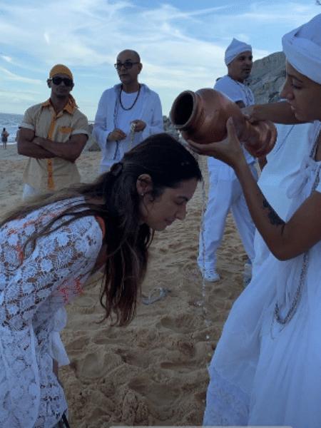 Patrícia Poeta recebe uma bênção da Iemanjá - Reprodução/Instagram