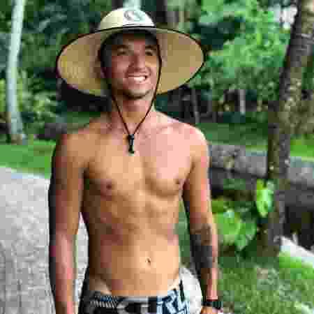 O surfista Flávio Nakagima participa da quinta temporada do De Férias com o Ex Brasil  - Reprodução/Instagram - Reprodução/Instagram