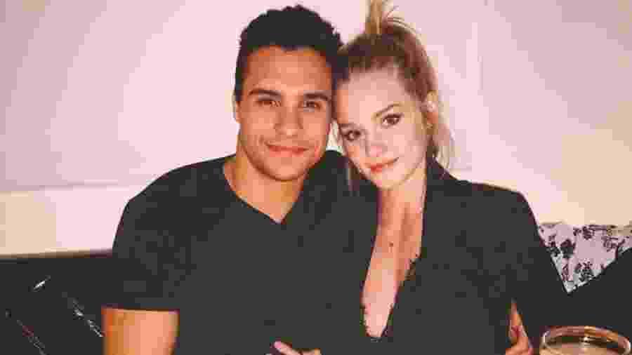 Petrix Barbosa e a namorada, Joline Heitmann - Reprodução/Instagram