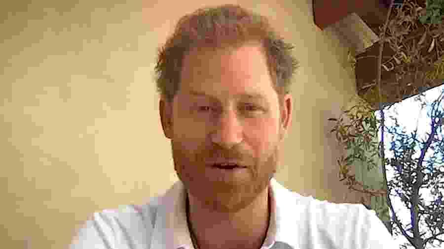 Príncipe Harry se manifestou sobre investigações de entrevista da mãe, Diana, a canal inglês - reprodução/England Rugby