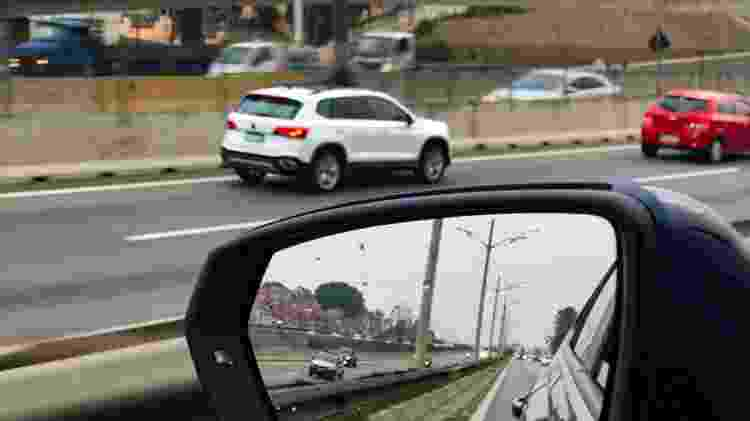 Flagra flagrante VW Volkswagen Taos Via Anchieta traseira - João Pedro Amaro - João Pedro Amaro