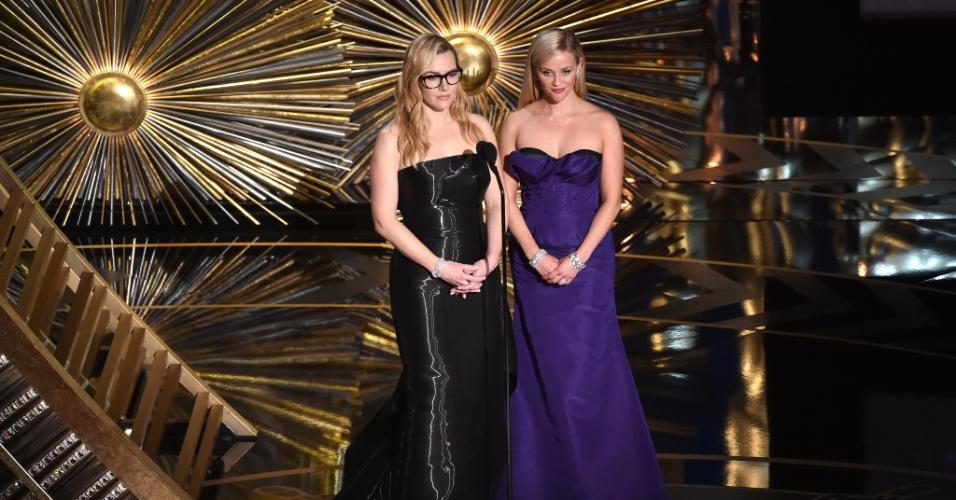 29.fev.2016 - Kate Winslet e Reese Witherspoon apresentam a categoria de melhor animação no Oscar 2016