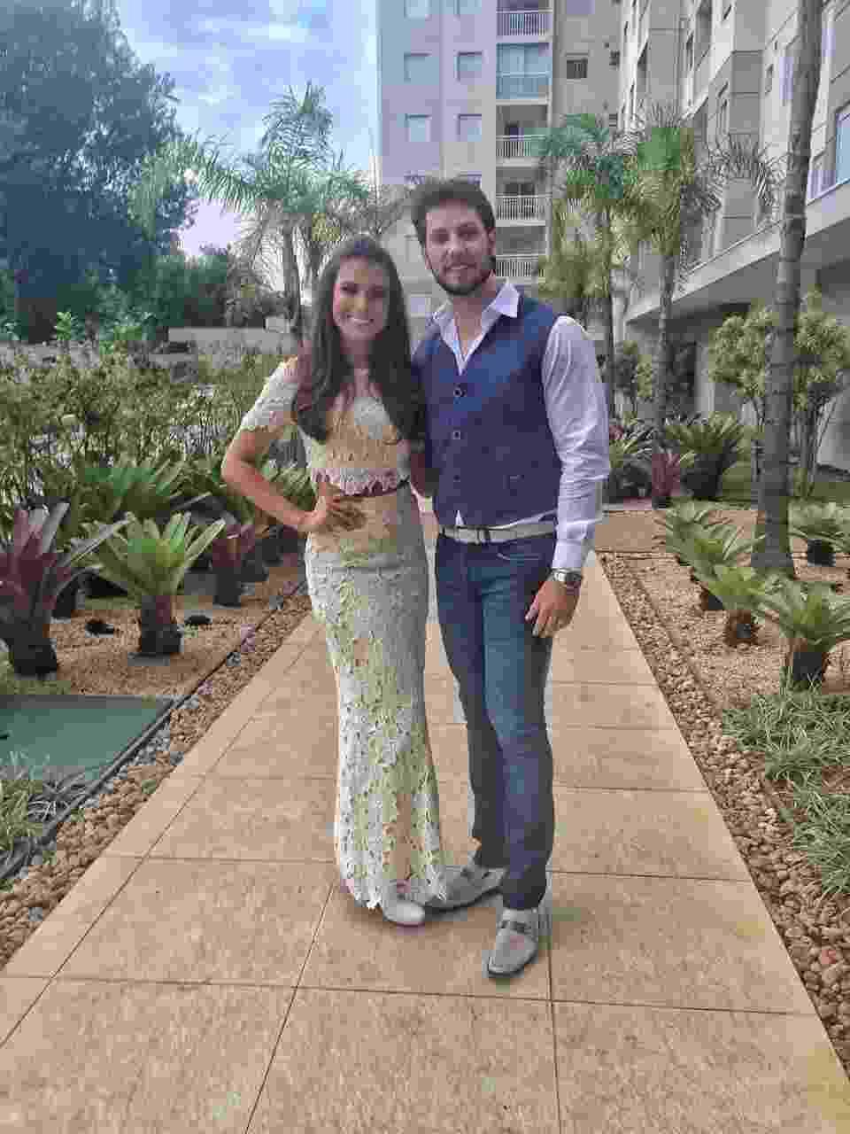 16.jul.2016- Os ex-BBBs Kamilla Salgado e Eliéser Ambrósio se casaram no civil neste sábado, em São Paulo - Rubens Caetano / MF Models Assessoria