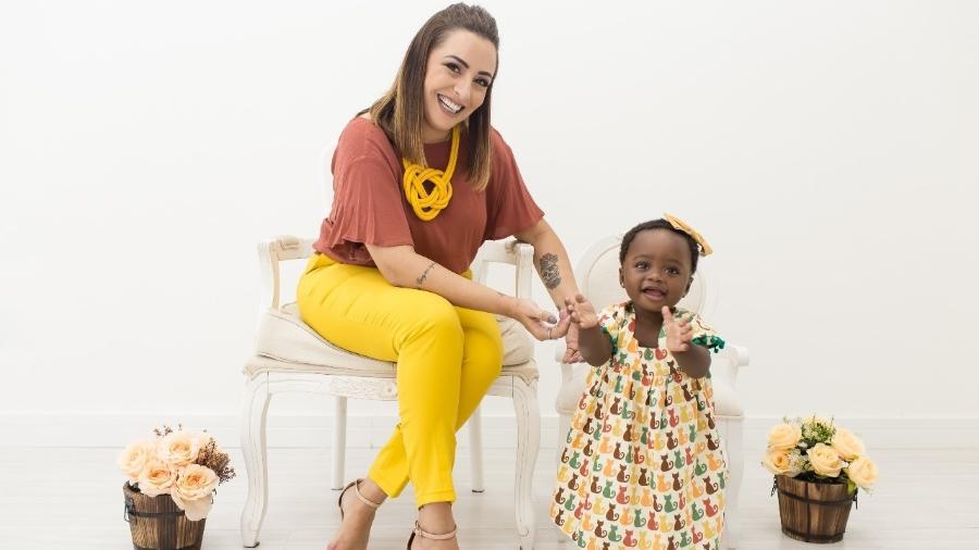 Maria Eva é malauiana e vive há dois meses com os pais, Vanessa e Felipe - Arquivo Pessoal