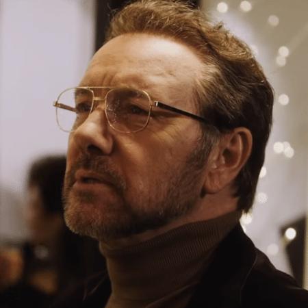 """Kevin Spacey em cena do trailer de """"Billionaire Boys Club"""" - Reprodução"""