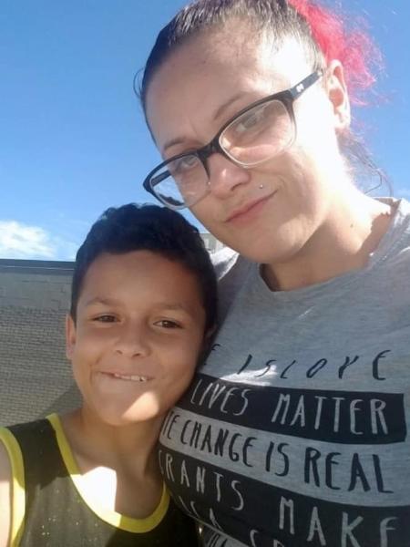 Jamel e a mãe, Leia - Reprodução/Facebook