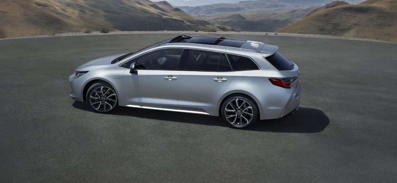 Toyota Corolla Touring Sports: 2,70 m de entre-eixos e 598 litros no bagageiro - Divulgação