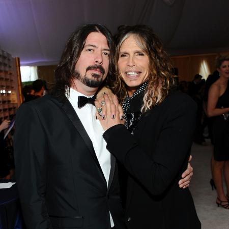 Dave Grohl e Steven Tyler em foto de 2012 - Angela Weiss/Getty Images