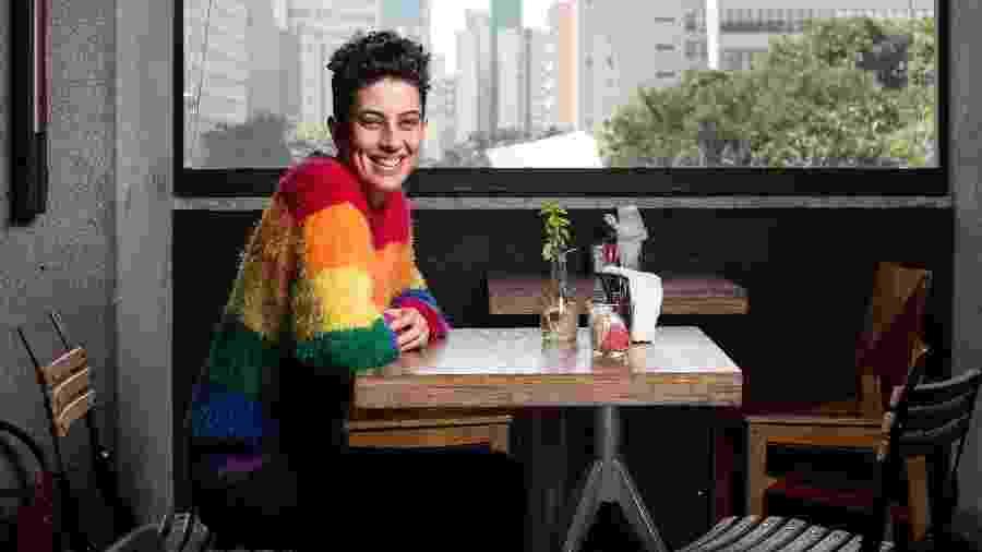 Maira Reis, criadora de plataforma que atua como um LinkedIn para LGBTQ+s - Lucas Seixas/Folhapress