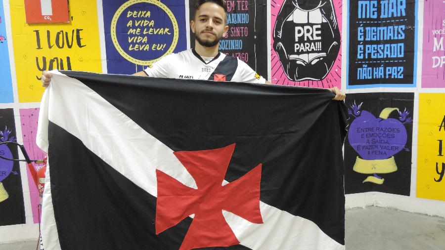 Jefferson diz que resistiu, mas acabou torcendo para o Flamengo em LoL por causa do ídolo brTT - Bruno Izidro/UOL