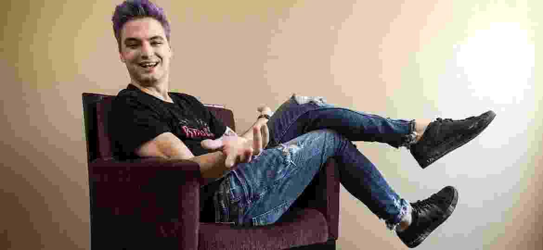 """""""Meu processo de amadurecimento foi inteiramente exposto"""", diz Felipe Neto, ao analisar pulo de youtuber a ativista - Eduardo Knapp-25.set.2017/Folhapress"""