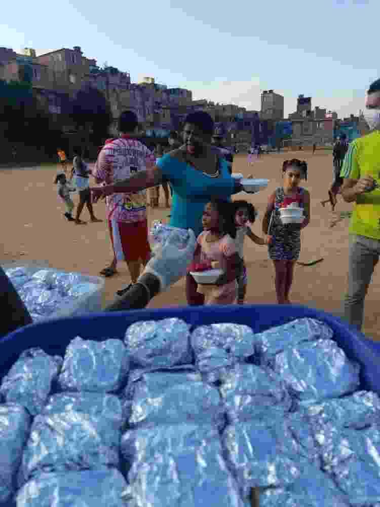 O projeto Solideriedade Vegan entrega marmitas para pessoas em situação de vulnerabilidade - Divulgação - Divulgação