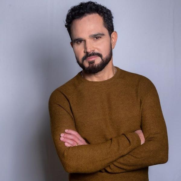 "Luciano Camargo vai lançar o disco ""A Ti Entrego"", de música gospel"