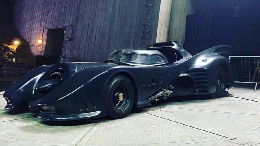 Imagem de Batmóvel clássico vaza de set de The Flash - Reprodução