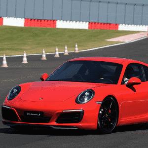 Porsche 911 Carrera S - Murilo Góes/UOL