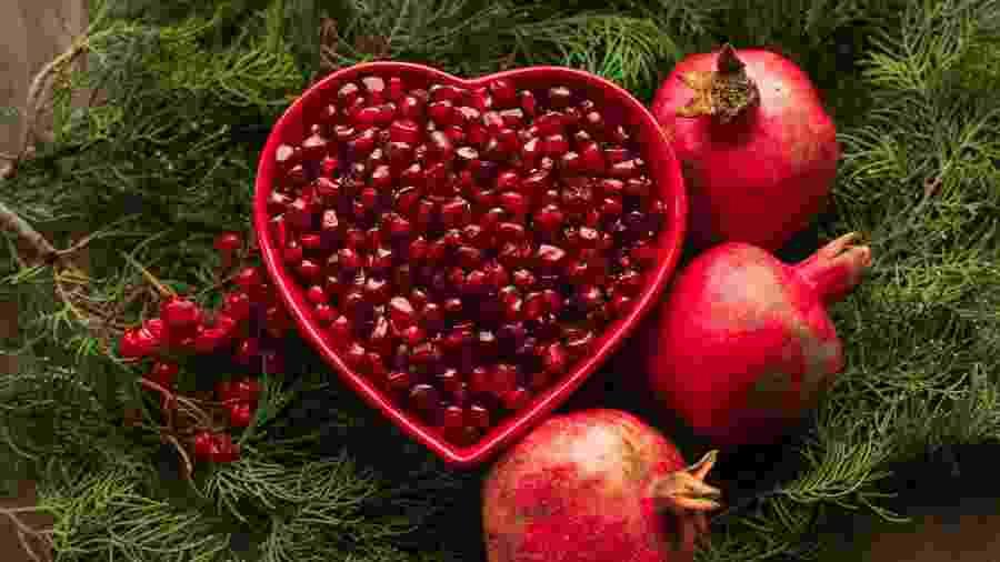 Rom? é uma fruta bastante consumida nas festas de fim de ano, já que tem a fama de trazer boa sorte - iStock