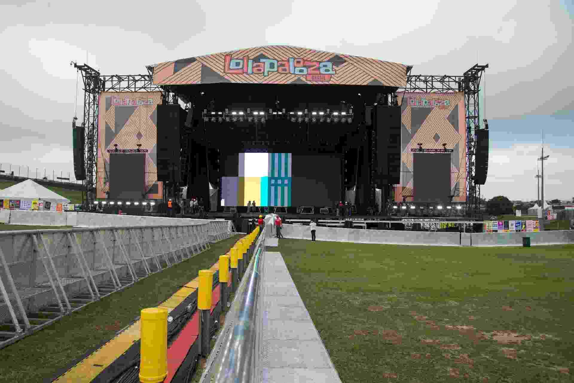 O palco Skol receberá os shows dos dois headliners do Lollapalooza Brasil 2017: Metallica no sábado e The Strokes no domingo - Débora Klempous/UOL