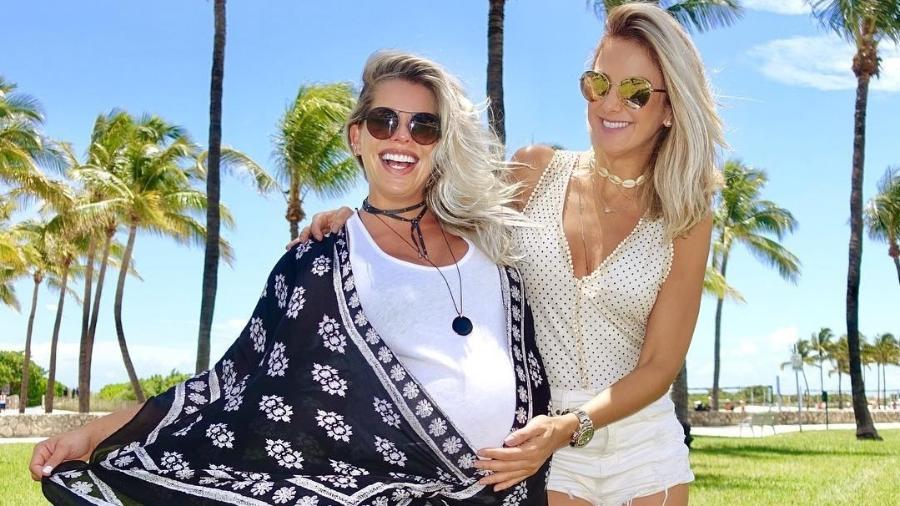 Karina Bacchi e Ticiane Pinheiro em Miami - Reprodução/Instagram/karinabacchi