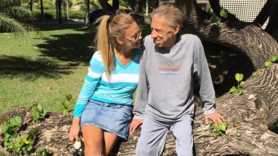 Paulo Silvino com a mulher Giseli Silvino - Reprodução/Facebook