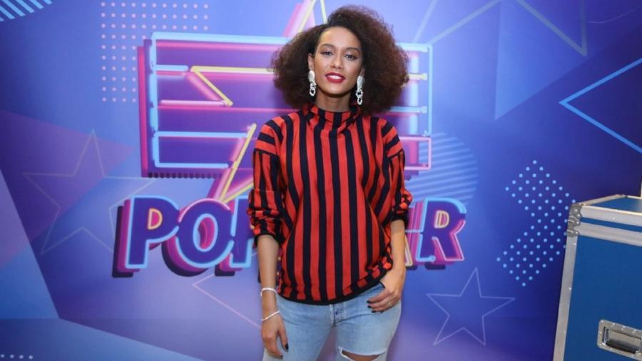 "Taís Araújo posa para foto durante coletiva do programa ""Popstar"" - AgNews"
