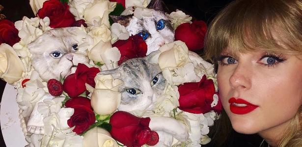 Comemorou 30 anos | Taylor Swift mostra bolo que vai te fazer ter pesadelos