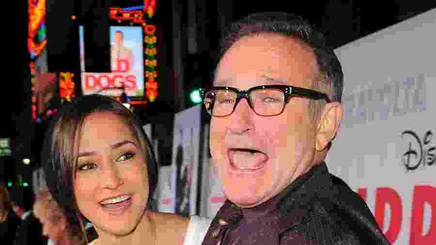 A atriz Zelda Williams e seu pai, o ator Robin Williams, em foto de 2009; Eric Trump, filho de Donald Trump, usou um vídeo do mesmo ano na intenção de criticar Joe Biden - Michael Caulfield/WireImage