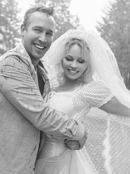Pamela Anderson e Dan Hayhurst - DailyMail/Heather Ross