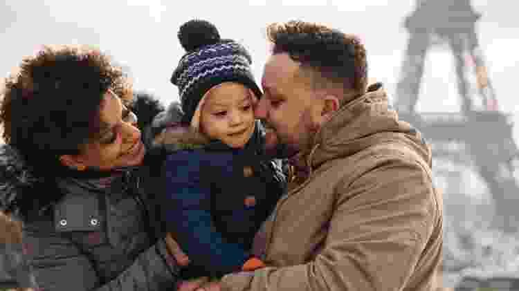 Francisco e a família em viagem por Paris - Arquivo pessoal - Arquivo pessoal