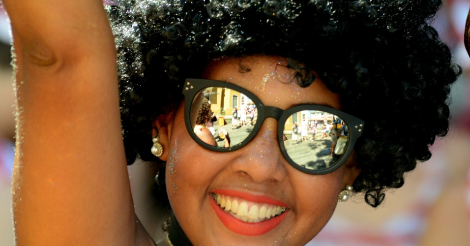 9.fev.2016 - Responsável pela abertura oficial do Carnaval de rua do Rio de Janeiro, o Bloco das Carmelitas desfila pelas ruas de Santa Teresa