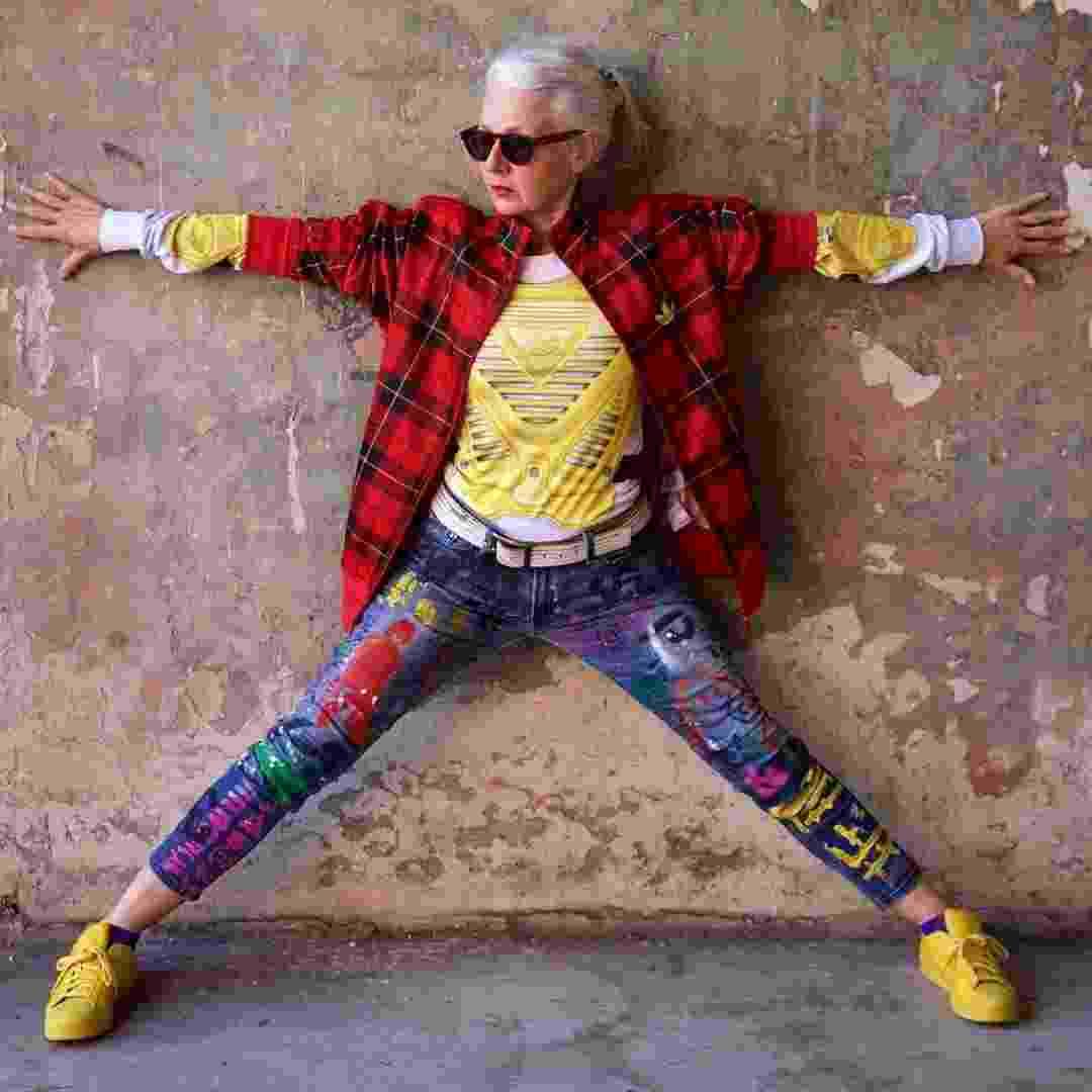 Sarah Jane Adams, de 62 anos, ícone de estilo do Instagram - Reprodução/Instagram/saramaijewels