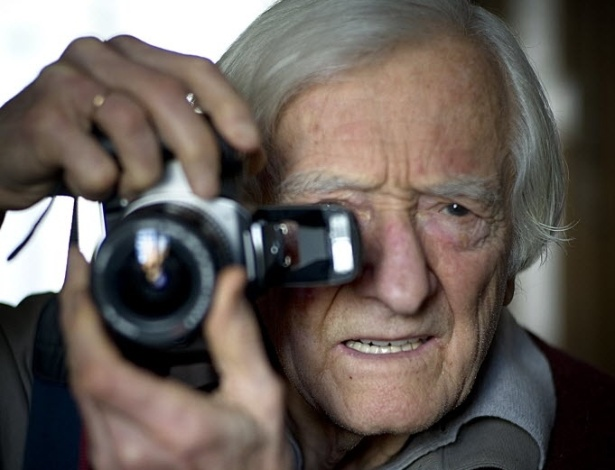 O fotógrafo francês Marc Riboud posa para foto em 2009 - Martin Mureau/AFP Photo