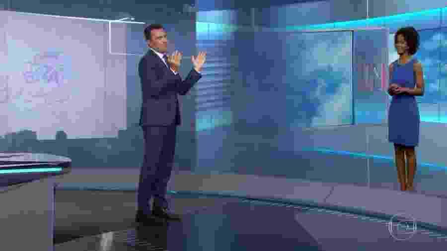 """Rodrigo Bocardi e Maju Coutinho no """"Jornal Nacional"""" - Reprodução/TV Globo"""