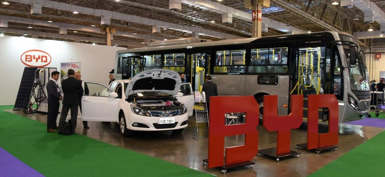 Chinesa BYD já chegou ao Brasil, onde tem fábrica de ônibus elétricos e carregadores solares - Murilo Góes/UOL