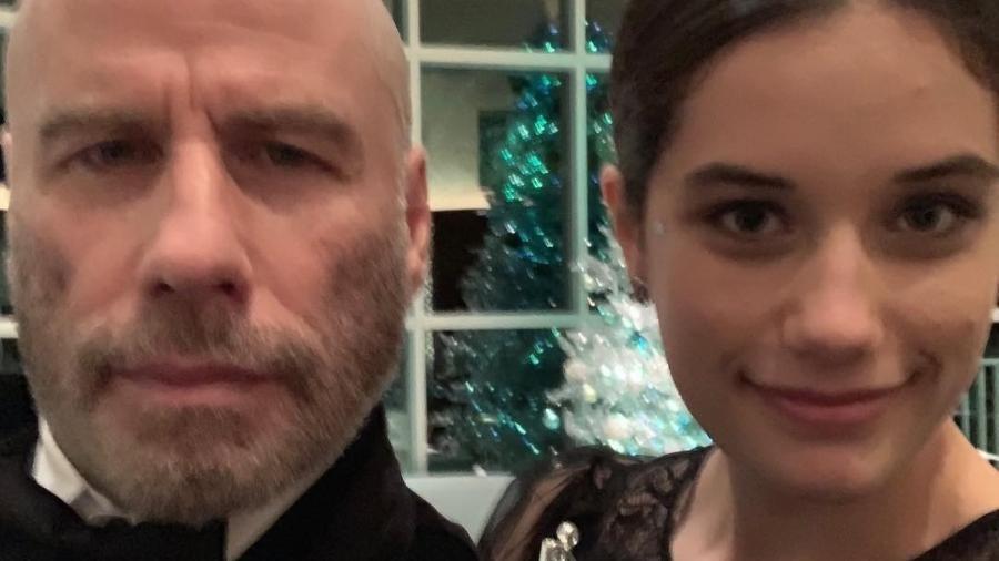 John Travolta assume a careca em foto postada ao lado da filha - Reprodução