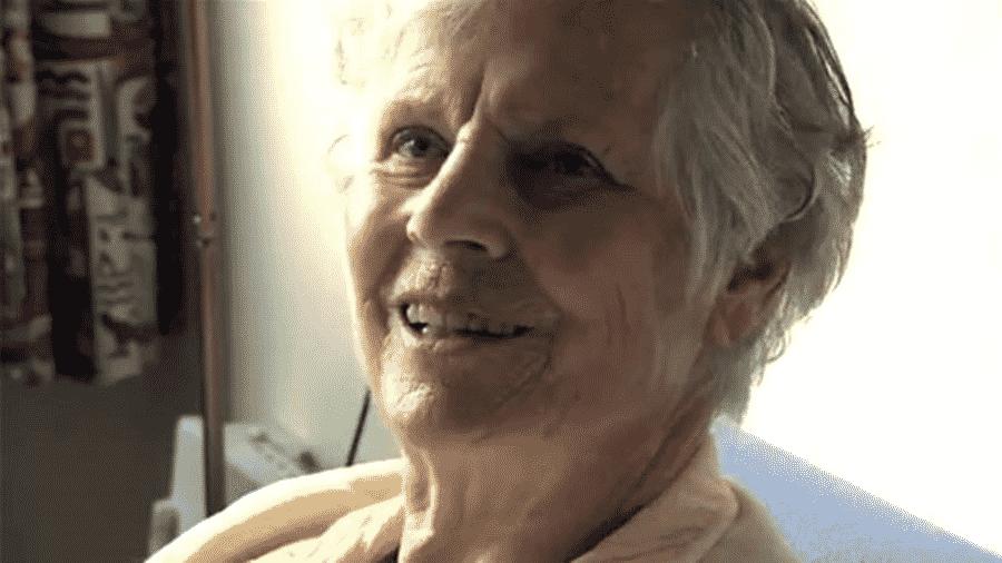 """Documentário registrou a jornada de Annie Zwijnenberg com a doença de Alzheimer, culminando em sua morte por eutanásia aos 81 anos - CORTESIA DO FILME """"BEFORE IT""""S TOO LATE"""""""