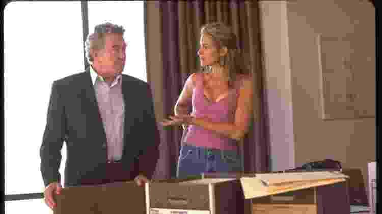 """Albert Finney e Julia Roberts em cena de """"Erin Brockovich"""", de 2000 - Reprodução - Reprodução"""