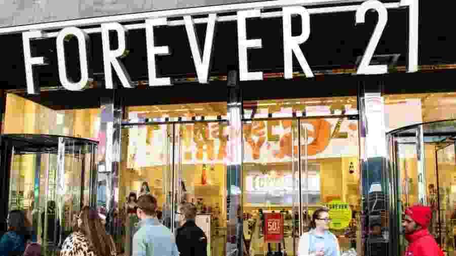 """Forever 21 nasceu na Califórnia em 1984 com o nome """"Fashion 21"""" - Getty Images"""