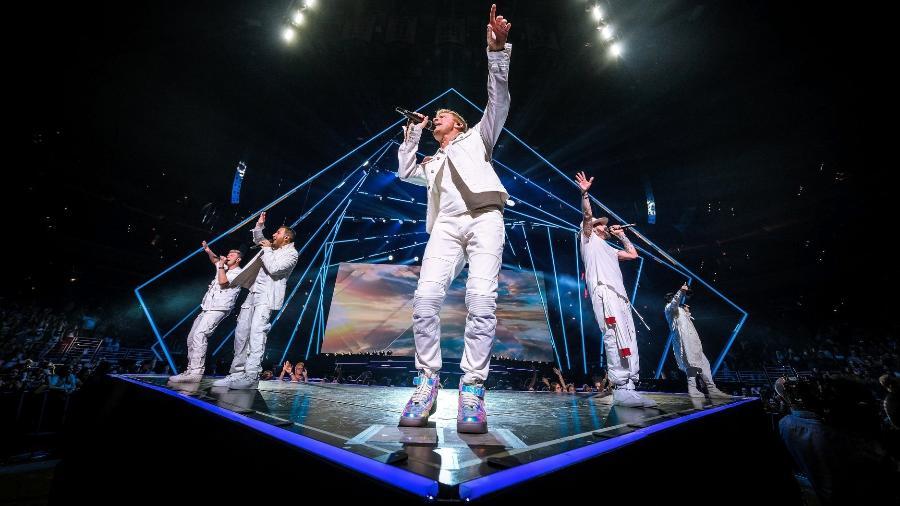 Os Backstreet Boys em show da turnê DNA - Reprodução/Facebook