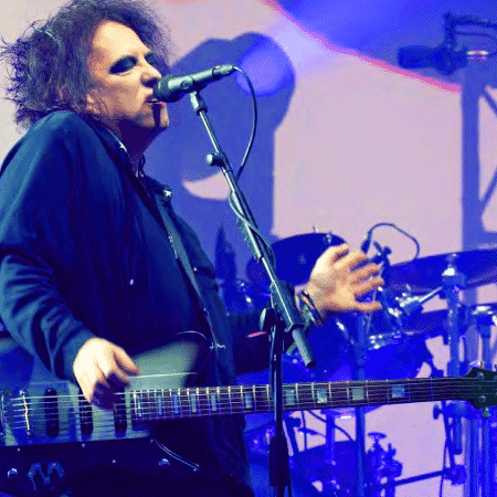Robert Smith, vocalista do The Cure - Reprodução/Instagram/thecure