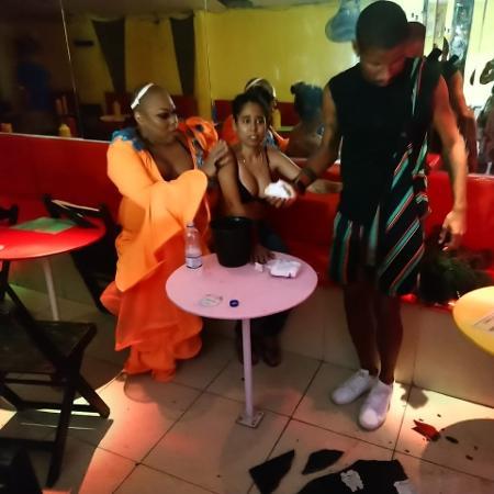 """""""Bar está destruído"""", diz dona do estabelecimento após ataque homofóbico - Divulgação"""