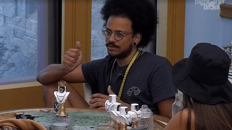 BBB 21: João Luiz conversa no quarto do líder - Reprodução / Globoplay