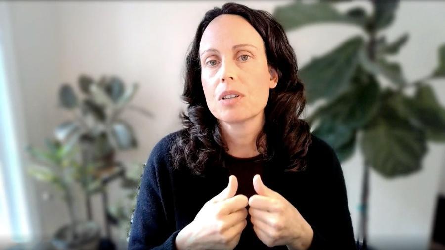 Jacquelline Fuller, presidente do Google.org, em conversa com Ecoa - Reprodução