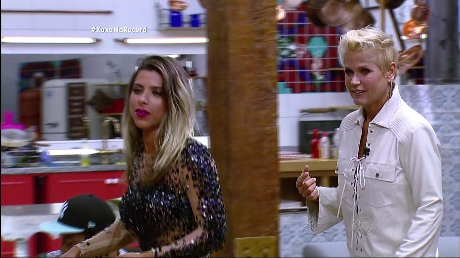 7.dez.2015 - Os peões estavam contando com a festa, e não com a visita de Xuxa no programa