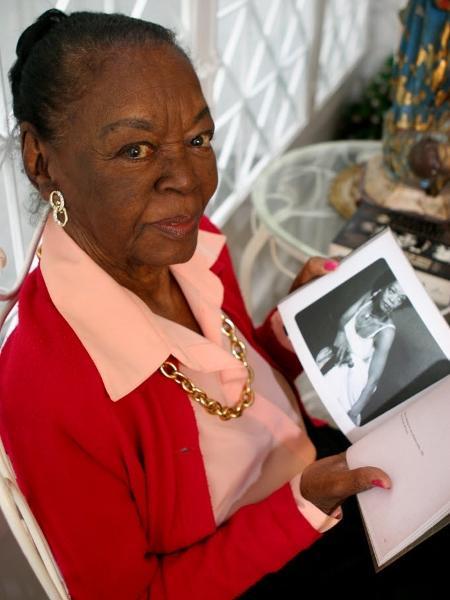 Ruth de Souza, primeira negra a atuar no Municipal do Rio - Gianne Carvalho/Folha Imagem