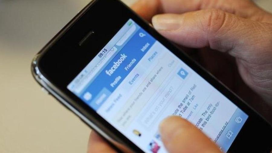 Tirar férias do Facebook pode ser boa ideia, indica estudo da Universidade de Copenhague, na Dinamarca - Reprodução/BBC
