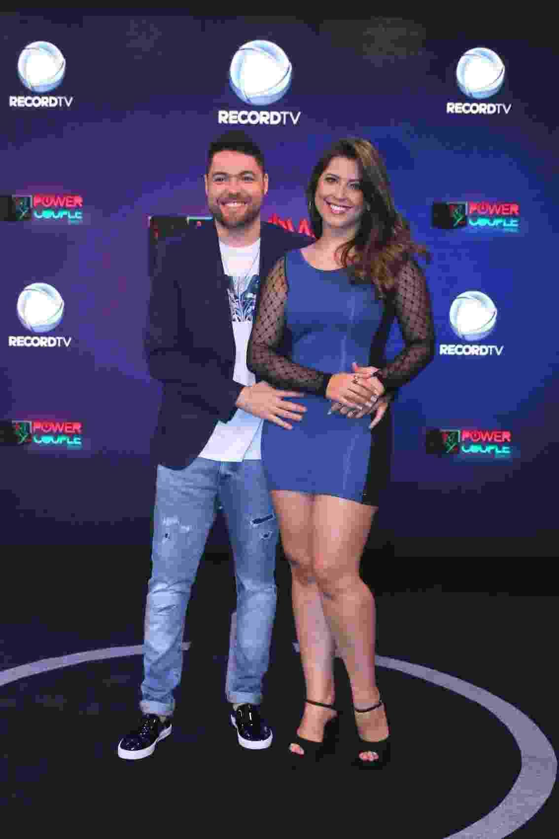 Os ex-BBBs Nasser Rodrigues e Andressa Ganacin - Thiago Duran/AgNews